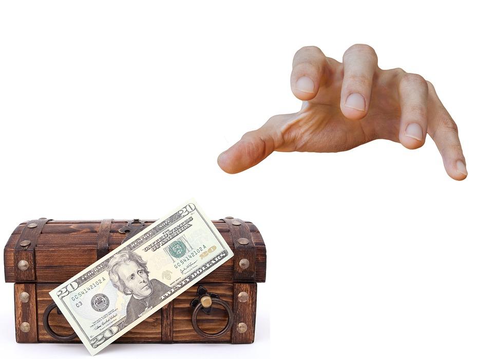 truhla s dolary